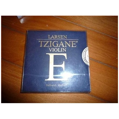 Larsen Tzigane Violin String Set 44 E Ball Medium