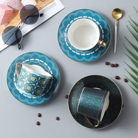 Lekoch Coffee Cup Saucer Spoon Set 220ml Nordic Tea Cup Golden Porcelain Tea Advanced Ceramic Teacup Cafe Espresso Cup for Gift