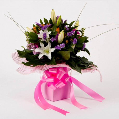 Valentines Handtied Bouquet
